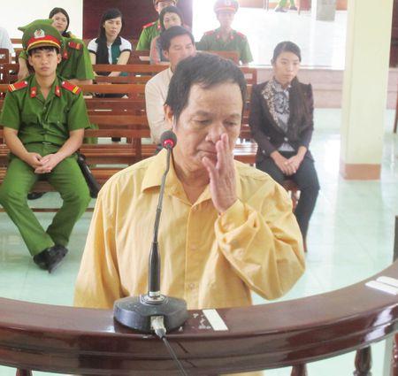 Khong giam an cho ke ban boi, co giet chet nan nhan - Anh 1