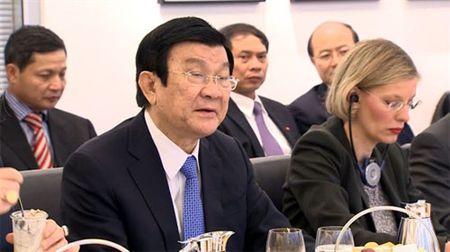 Chu tich nuoc Truong Tan Sang tham Frankfurt - Anh 3