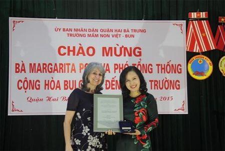 Pho tong thong Bulgaria tham truong mam non Viet - Bun - Anh 2