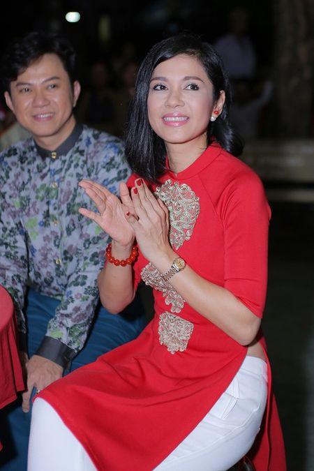 Ngoc Son mung sinh nhat Viet Trinh o vien duong lao - Anh 2