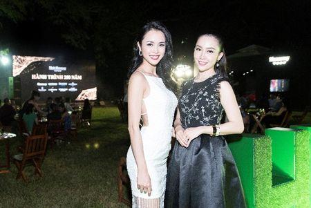 Nguoi dep phim 'Quyen' khoe ve goi cam, do dang voi Linh Nga - Anh 7