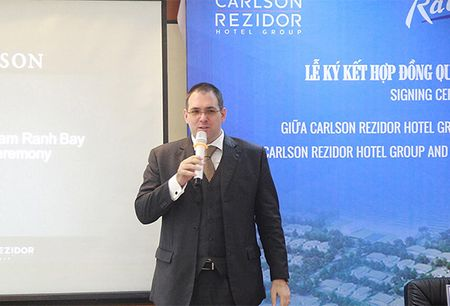 Carlson Rezidor Hotel Group quan ly khach san Radisson Blu Cam Ranh Bay - Anh 1