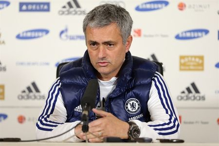 Den Mourinho cung can may tinh - Anh 1