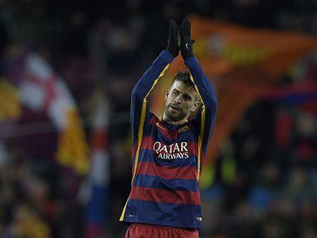 Doi hinh tieu bieu Champions League: Messi, Ronaldo va Suarez linh xuong hang cong - Anh 2
