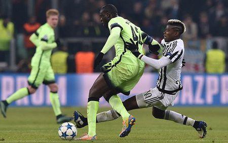 Thang nhe Man City, Juventus gianh ve di tiep - Anh 1