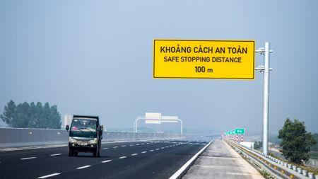 Can canh cao toc Ha Noi - Hai Phong truoc ngay thong xe toan tuyen - Anh 17