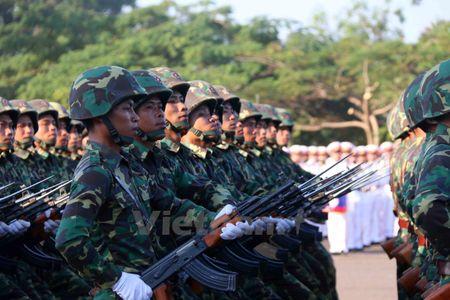 Lao dieu binh, dieu hanh chao mung 40 nam Ngay doc lap - Anh 9