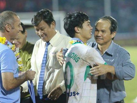 Bau Duc va nhung ke hoach dau dau cung lua Cong Phuong - Anh 1