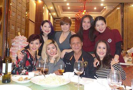 Facebook sao 2/12: Con trai Lam Truong ngay cang giong bo - Anh 4