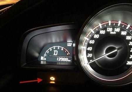 Mazda 3 tai Viet Nam co 170 xe bao loi den check engine - Anh 3
