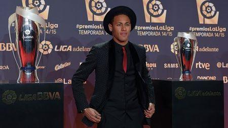 Messi vuot Cris Ronaldo trong giai tien dao hay nhat La Liga - Anh 3