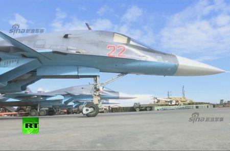 "May bay nem bom Su-34 lieu co ""cua thang"" neu khong chien? - Anh 2"
