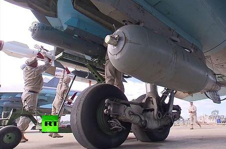 "May bay nem bom Su-34 lieu co ""cua thang"" neu khong chien? - Anh 4"