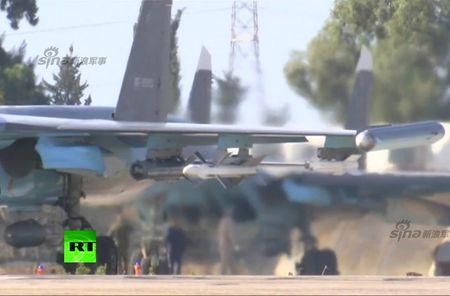 "May bay nem bom Su-34 lieu co ""cua thang"" neu khong chien? - Anh 7"