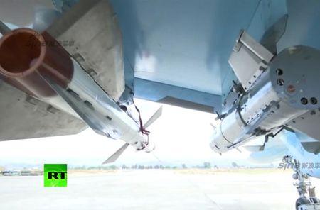 "May bay nem bom Su-34 lieu co ""cua thang"" neu khong chien? - Anh 8"