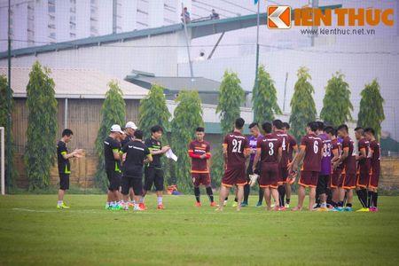 U23 Viet Nam chinh thuc buoc vao cuoc kho luyen - Anh 12
