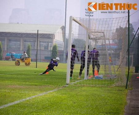 U23 Viet Nam chinh thuc buoc vao cuoc kho luyen - Anh 7