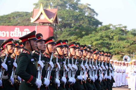 Muc kich Quan doi Lao dieu binh chao mung 40 nam Quoc khanh - Anh 8