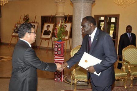 Burkina Faso cong nhan Viet Nam la nen kinh te thi truong - Anh 1