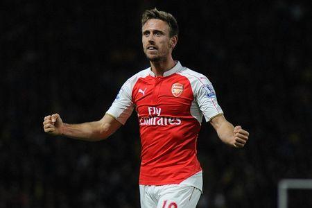 "Monreal khang dinh ""tinh yeu"" voi Arsenal - Anh 1"