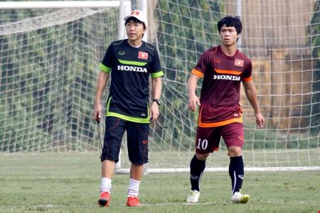 HLV Miura: 'VFF va toi van dang cung hoi cung thuyen' - Anh 1