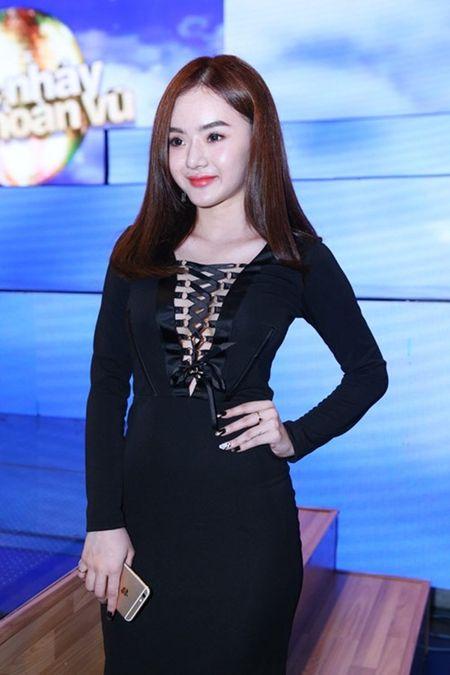 Em gai Angela Phuong Trinh ngay cang ho bao o tuoi 19 - Anh 3