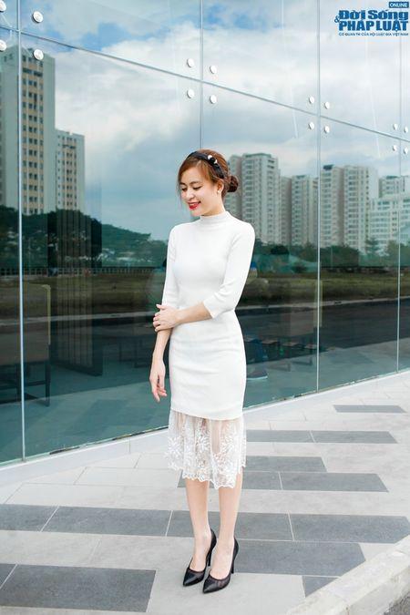 Street style xuong pho chat nhu Hoang Thuy Linh - Anh 2