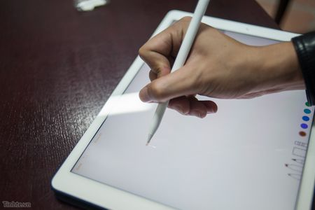 Tren tay Apple Pencil cho iPad Pro: dep, nhe, nhay, khong co dau tay - Anh 15