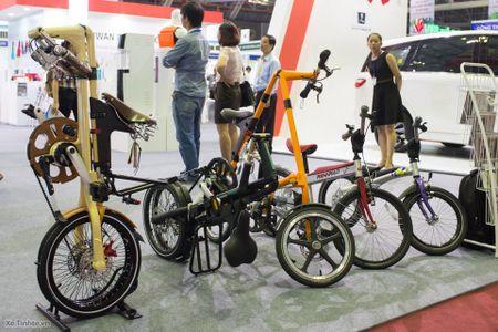 Hinh anh trien lam xe hai banh Vietnam Cycle 2015: rat nhieu xe dap truyen thong, it phu kien - Anh 1