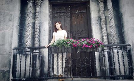 La Thanh Huyen: Ru bo hoan toan hinh anh hien lanh trong phim moi - Anh 1
