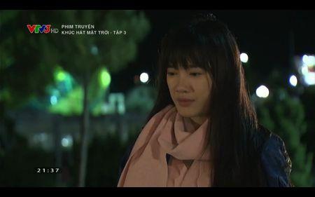 Phim Khuc hat mat troi - Tap 3: Vi noi lo com ao gao tien, Quang Tuan 'bo roi' Nha Phuong - Anh 13