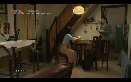 Phim Khuc hat mat troi - Tap 3: Vi noi lo com ao gao tien, Quang Tuan 'bo roi' Nha Phuong - Anh 15