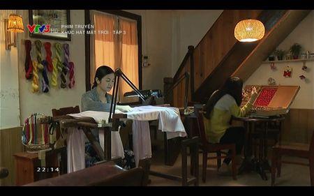 Phim Khuc hat mat troi - Tap 3: Vi noi lo com ao gao tien, Quang Tuan 'bo roi' Nha Phuong - Anh 22