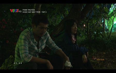 Phim Khuc hat mat troi - Tap 3: Vi noi lo com ao gao tien, Quang Tuan 'bo roi' Nha Phuong - Anh 2