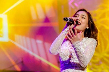 "Giang Hong Ngoc: ""Chi can Mr.Dam goi, toi luon san sang"" - Anh 2"