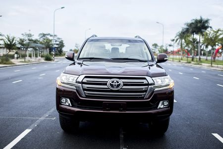Toyota Land Cruiser phien ban moi, gia 2,8 ty dong tai Viet Nam - Anh 18