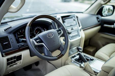 Toyota Land Cruiser phien ban moi, gia 2,8 ty dong tai Viet Nam - Anh 21