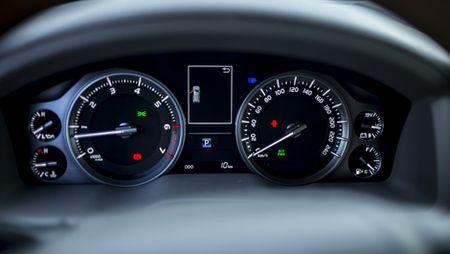 Toyota Land Cruiser phien ban moi, gia 2,8 ty dong tai Viet Nam - Anh 22