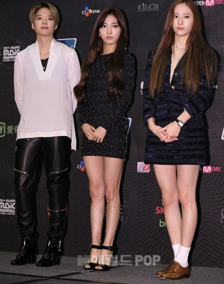 Hyun Ah mat mum mim, Luna f(x) lo noi y mat tham my - Anh 5