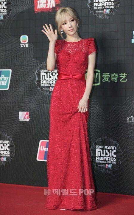 Tae Yeon goi cam, EXO trang diem dam tai MAMA 2015 - Anh 1