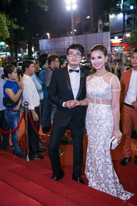 Rung sao khoe sac tren tham do Lien hoan phim lan thu 19 - Anh 15
