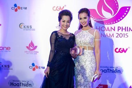 Rung sao khoe sac tren tham do Lien hoan phim lan thu 19 - Anh 6