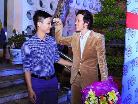 Bi mat chuyen con nuoi cua danh hai Hoai Linh - Anh 2
