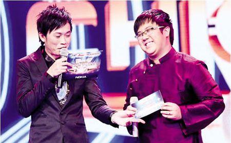 Bi mat chuyen con nuoi cua danh hai Hoai Linh - Anh 6