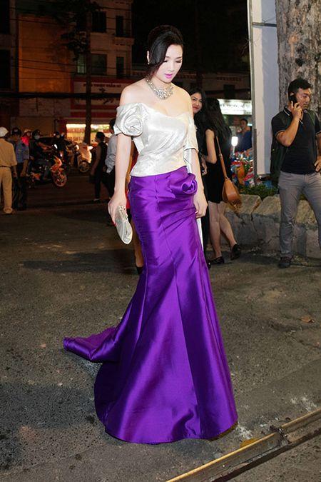 HH Giang My dep long lay ben Mai Thu Huyen - Anh 1