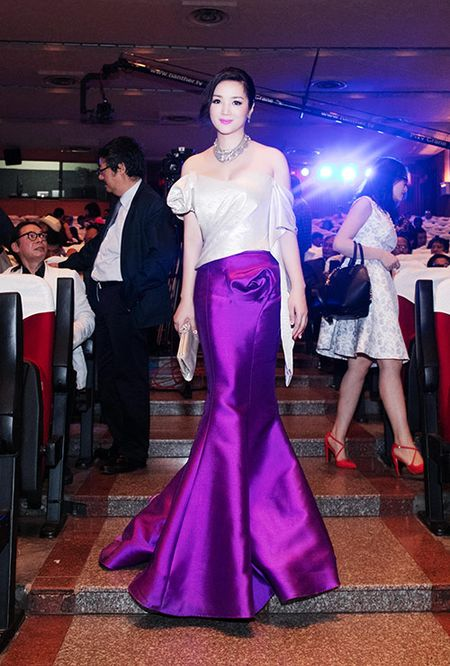 HH Giang My dep long lay ben Mai Thu Huyen - Anh 4
