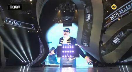 Truc tiep: Dong Nhi la Nghe si Chau A xuat sac nhat MAMA 2015 - Anh 17