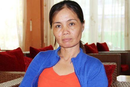 Soc Trang: Kien doi no bat thanh lai mat gan 10 trieu dong an phi - Anh 1