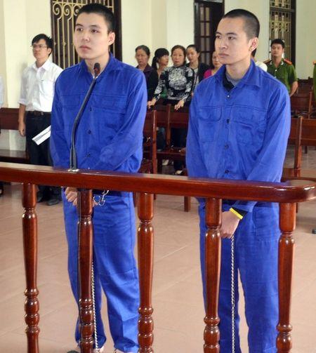 "An tu cho doi tuong dieu hanh trang facebook ""Tranh chot CSGT Hai Phong"" - Anh 1"