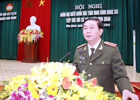 Bo truong Tran Dai Quang tiep xuc cu tri tai Ninh Binh - Anh 2
